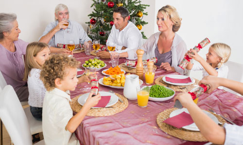 4 Family Christmas Party Games