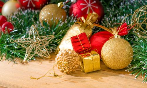 7 Homemade Christmas Ornament Ideas