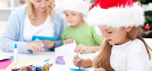 tips-to-make-Christmas-cards-more-creative-this-season