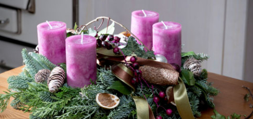 traditional-ways-to-decorate-your-home-for-christmas