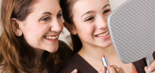 tips-on-When-should-your-daughter-start-wearing-makeup