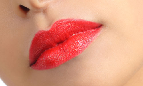 Tips to Apply Lipstick to Correct Irregular Lip Shape