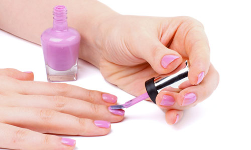 Ways to Keep Your Nail Polish from Chipping