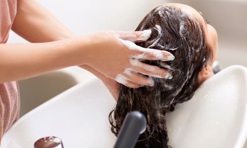 Best Home Remedies for Oily Hair