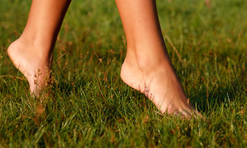 Great Health Benefits of Going Barefoot