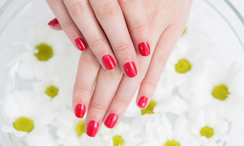 Home Remedies to Make Nails Grow Faster and Stronger