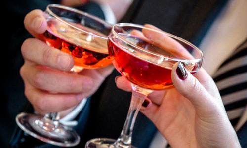 Reasons Alcohol may be Good in Moderate Quantity Suggests Research