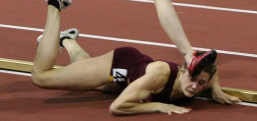 this-girl-falls-flat-on-her-face-during-a-race