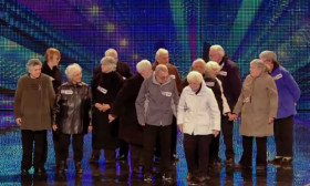15 Grandparents Do Something Amazing On Stage. You Cannot Imagine Them Doing This At Their Age
