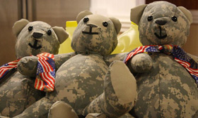 Mom Turns Uniforms of Fallen Soldiers Into Teddy Bears For The Families of the Soldiers