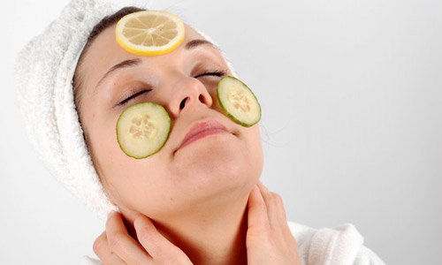 10 Ways to Reduce Acne Scars Naturally