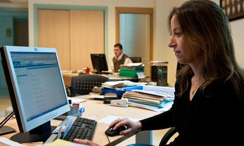 12 Ways a Desk Job can Harm Your Body