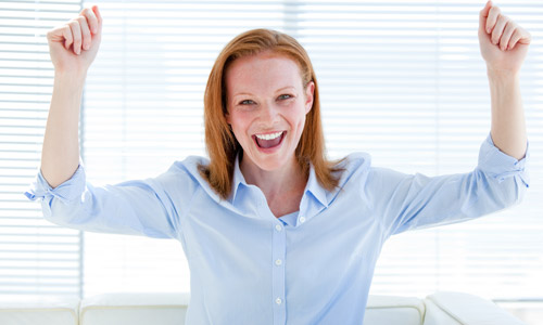 8 Little Things That Make You Feel Happy at Work