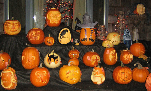 6 Super Homemade Halloween Decorations