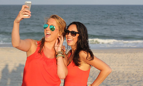 How To Look Good In A Selfie