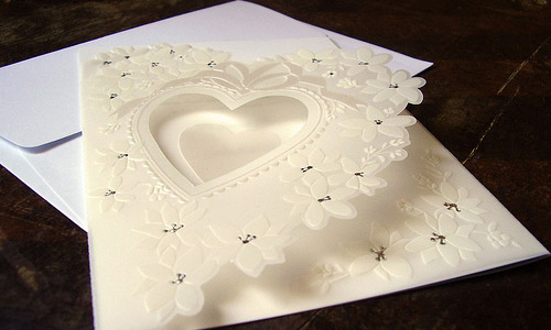 Wedding Invitation Makers: How To Make Wedding Invitation Cards?
