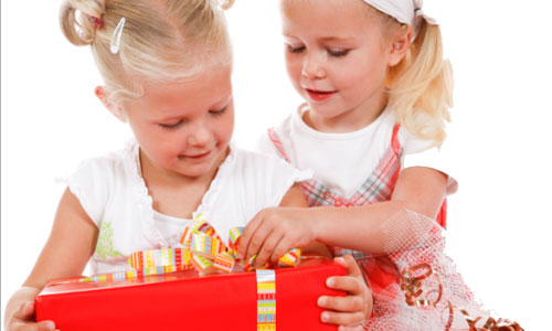 7 Christmas Gift Ideas For Younger Sister